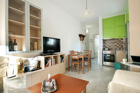 home 100m. from the sea & old town  - Apartment