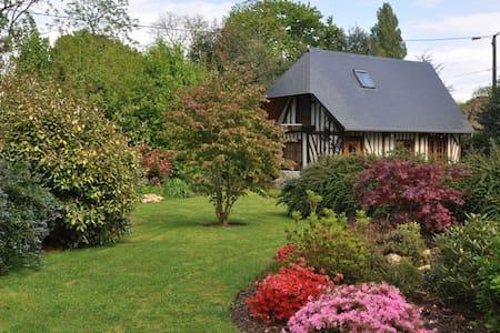 Cottage chez Pacia - Huis