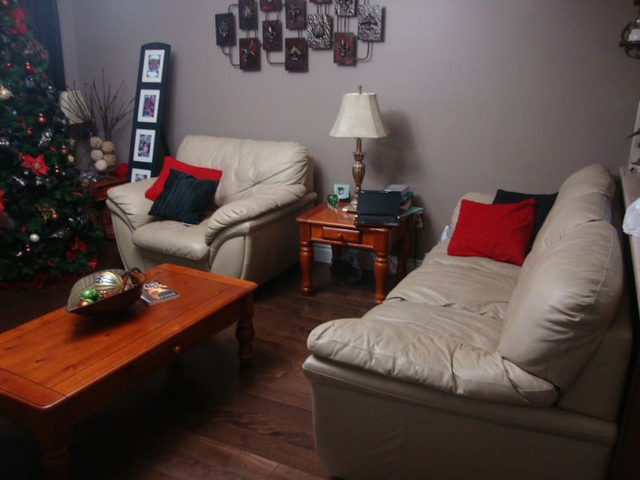 single main level home