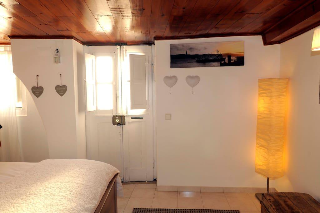 Sunny Bedroom II