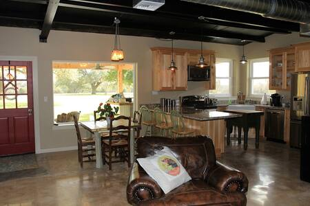 Green Acres B&B Guest House - Bed & Breakfast