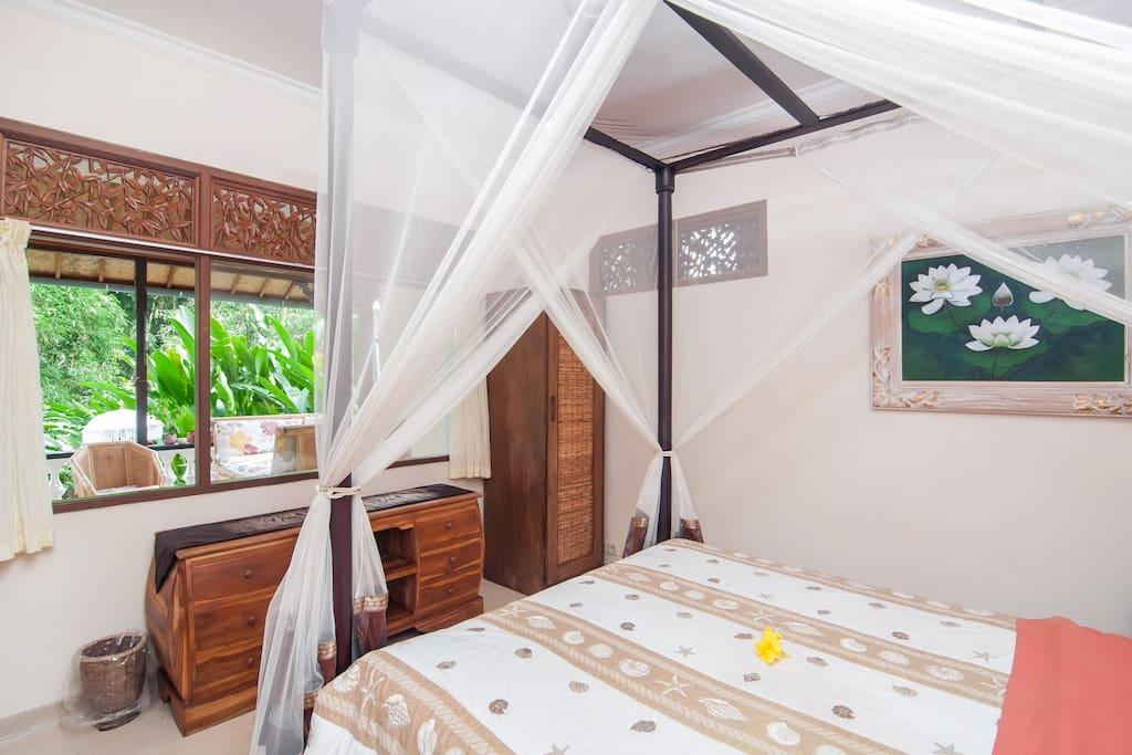 Bedroom Jasmine