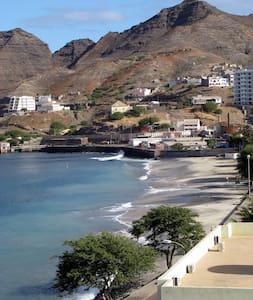 Waterfront Condo in Cape Verde - Mindelo - Huoneisto