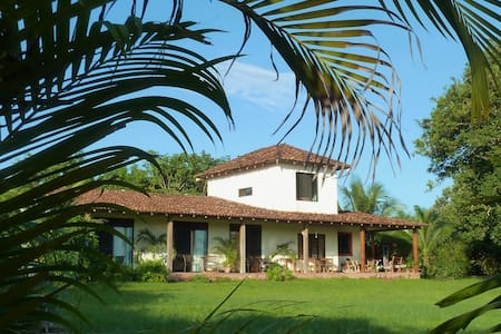 La Rosa de Los Vientos B&B, Triple room - Bed & Breakfast