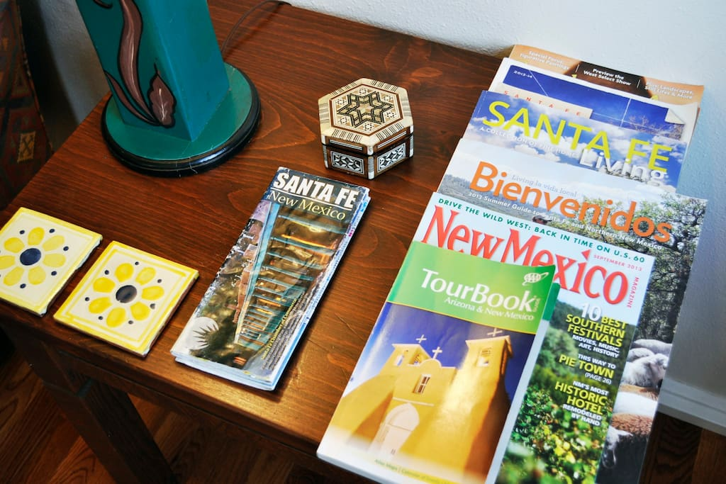 We have a collection of maps, books and brochures about the sights and amenities in northern New Mexico for you to use.