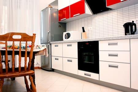 Апартаменты Альянс на Горького 149 - Wohnung