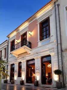 Civitas Boutique Hotel-Deluxe CityView Suite balc. - Rethymno - Bed & Breakfast