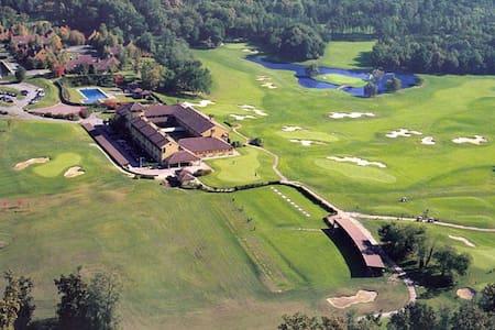 Golf di Castelconturbia - Localita' Bindellina - Wohnung