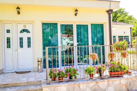 Вилла с 2 спальнями и террасой - Casa de camp