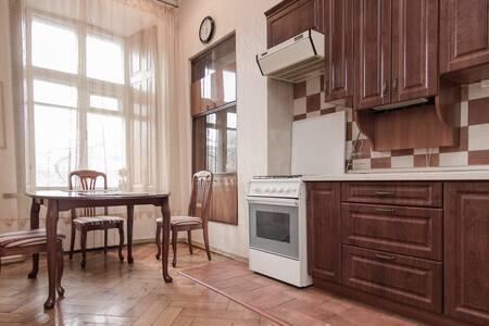 2-комнатная возле Дерибасовской - Odessa
