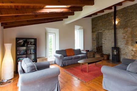 Bright, spacious Peniche farmhouse - Reguengo Grande