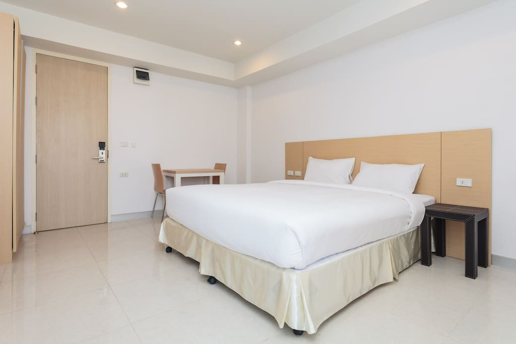 Apartment(New),Suthisarn Dindeang