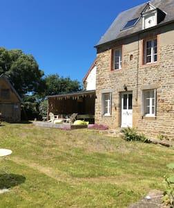 Maison Baie du Mont saint Michel - House
