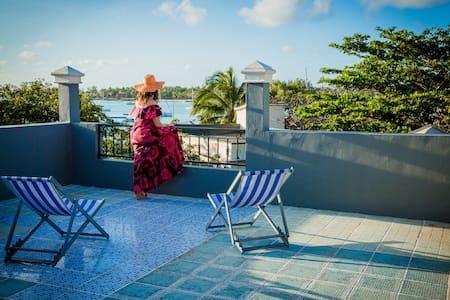 Sunset Beach Apartment #G - Grand Baie - Apartment