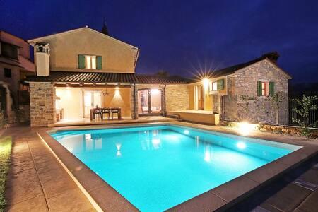 Villa Benvenuti - Kaldir