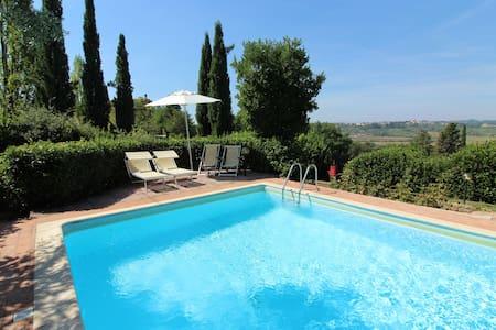 Ginevra Vacanze in Toscana- Terme, Golf e Arte - Huvila