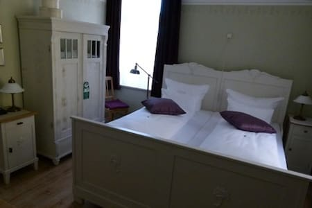Double room in the historic mill - Eberstedt - Casa
