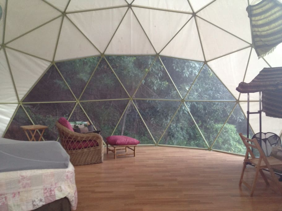 Dome overlooks bamboo forest, nestled under a java plum tree with seasonal Jamaican lilicoi fruit.  A great place for  self reflection and relaxation.