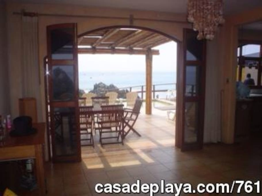 Casa c pisc en Bujama Bahia Caleta