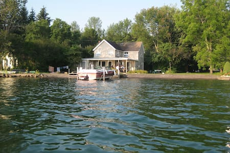 Slate Cove Cottage - Skaneateles - 통나무집