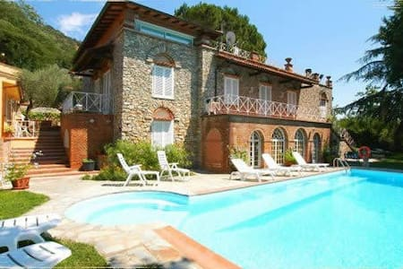 Dormire  in Villa - Monsummano Terme - Bed & Breakfast