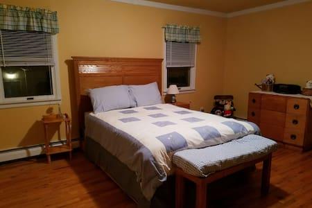 Roomy/comfy/4miLongBeach/40minJFK - House