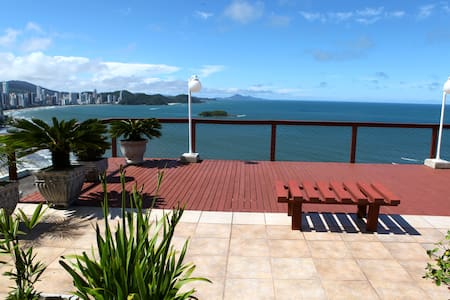 Beautiful apartment with 970 square feet. 1 master bedroom with closet  and private bathroom + 1 bedroom + sofa-bed in the living room+ open kitchen full equipped . Ocean front building 1 private garage