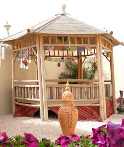 Private bedroom in a cosy villa - Villa