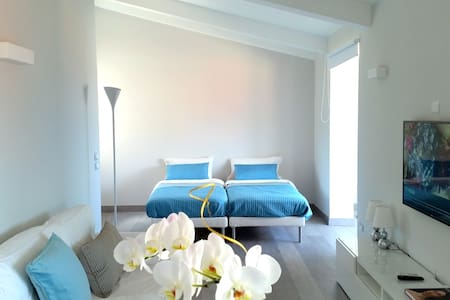 UNIQUE B&B : BRIGHT, CHARMING and CENTRAL - Sorrento - Bed & Breakfast