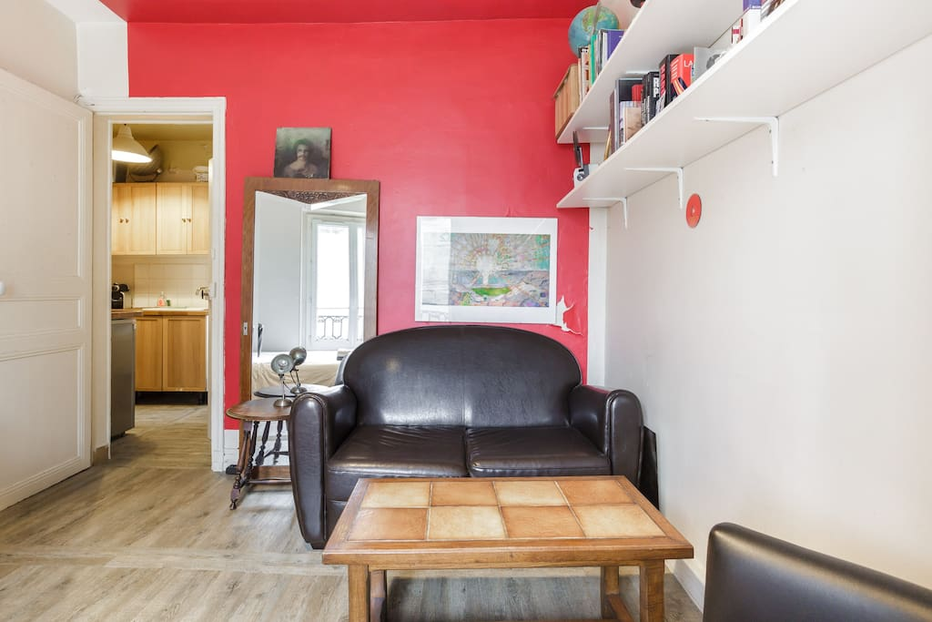 Sunny apartment in Belleville