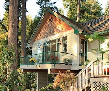 Quintessa Cottage of Whidbey Island - Clinton