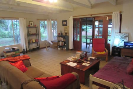 Self catering room for up to 3 pax - Malkerns - House