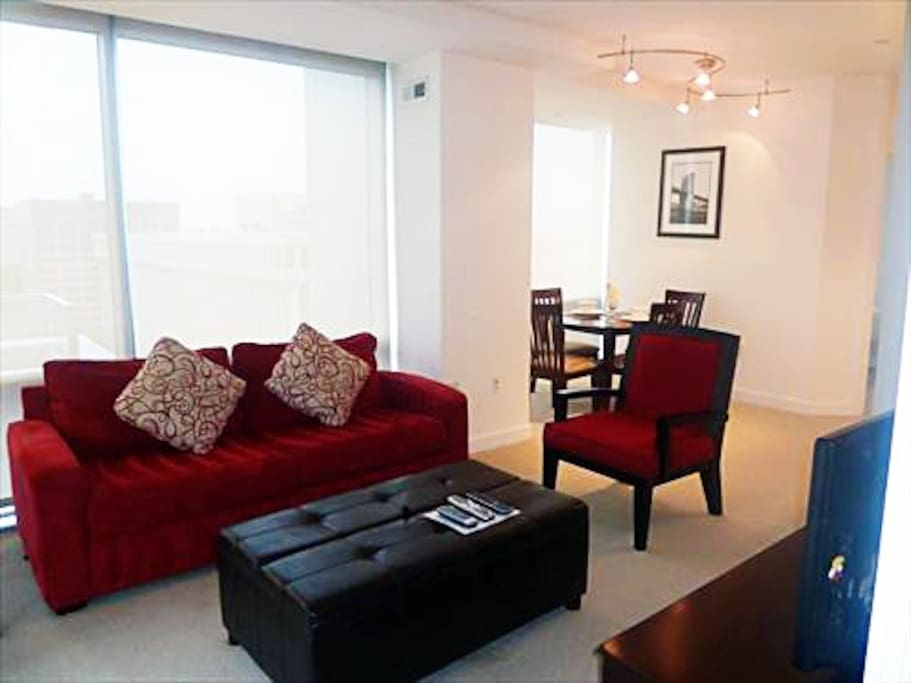 Lux 2BR Crystal City Apt W Pool Apartments For Rent In Arlington