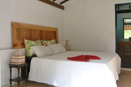 Casa Suite double bed vith veranda on parque pool - Porto Seguro - Casa
