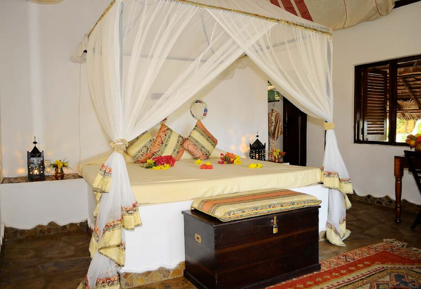 Kinasi Lodge- Sea Front Room