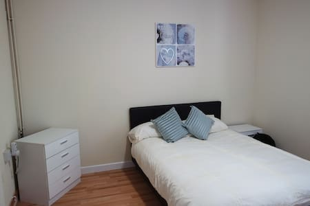 503 Jaylets Easy Living Leicester - Leicestershire