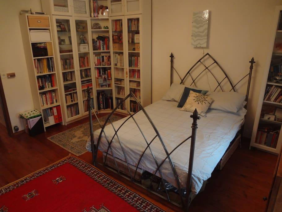 Room in the Geneva Countryside