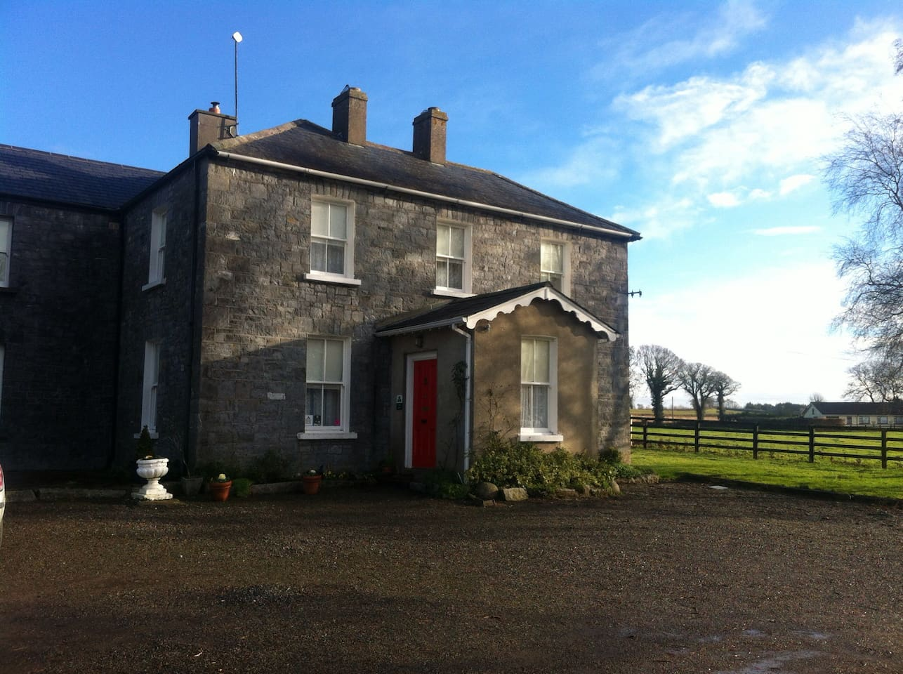 Moate Lodge 18th century farm house