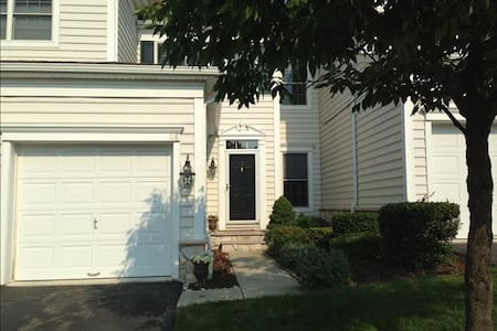 Superbowl Rental - Beautiful Home! - Totowa
