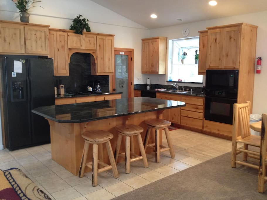 Large open kitchen that is great for entertaining