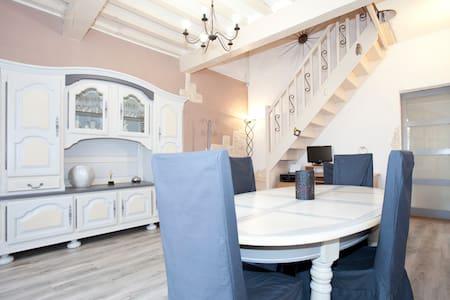 spacious house provencal