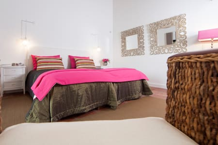 Suite Serra Dos Candeeiros/Country House - Villa