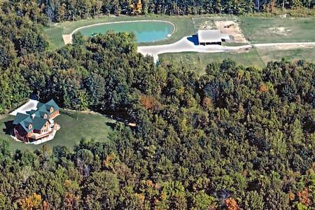 Golden Bear Lodge Ohio - Cleveland - Cabane