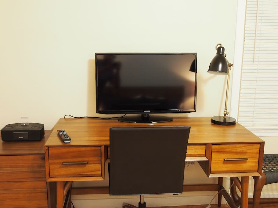 Personal workstation. 32 inch TV/Monitor; Premium Cable