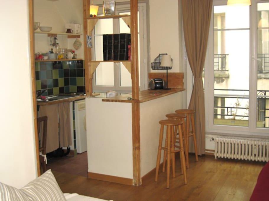Studio agreable, Rue St Honoré C5D