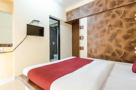 Arma Service Apartment-Off BKC, - Bombay