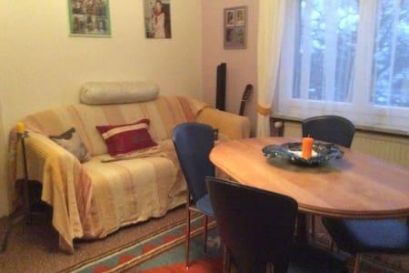 """Schlafzimmer """"Simon"""" in Wohnung - Horn - Wohnung"""