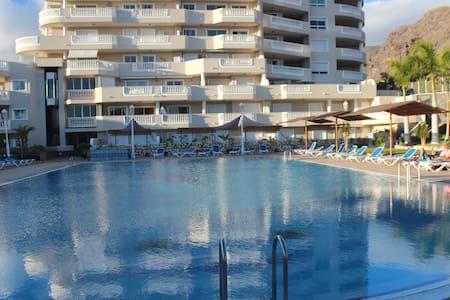 Апартамент 3-спальни в Los Gigantes - Playa de Santiago