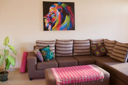 Safe oasis steps away from Kabira Country Club - Kampala - Appartement