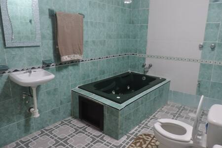 Oceanview Jacuzzi Apartment. - Isla Mujeres - Apartment